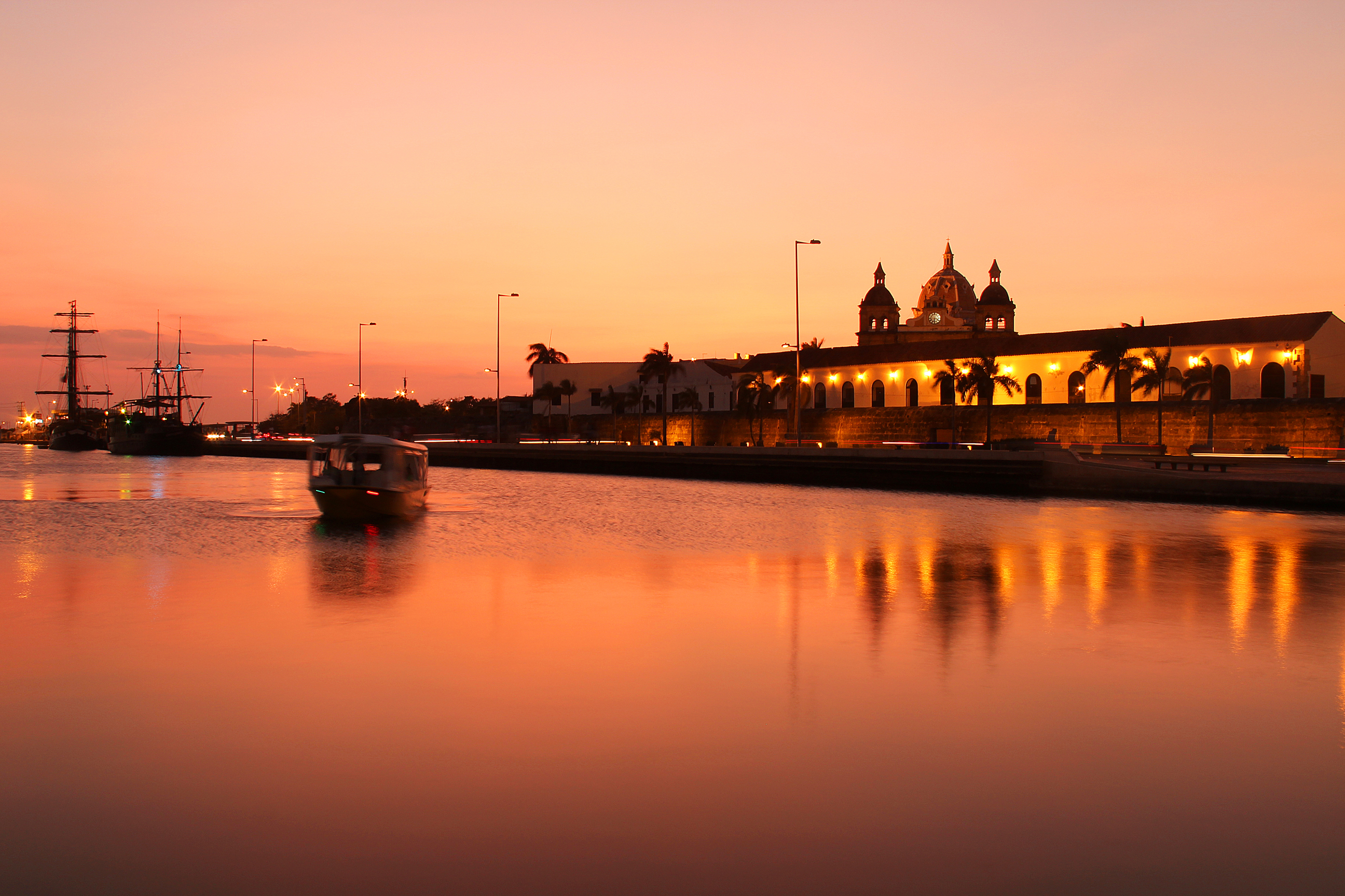 40 Colorful Photos Of Cartagena Colombia 180 S Top Travel Destination For Decades Places Boomsbeat
