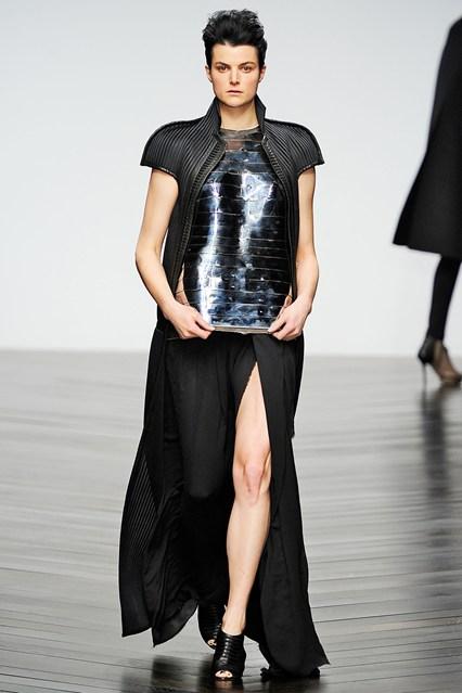 Haizen Wang - metalic finish